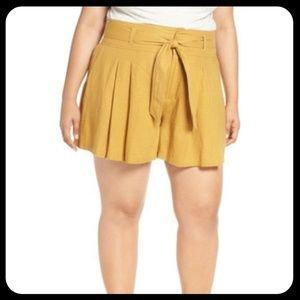 BP. High Waisted Linen Blend Shorts Plus Size